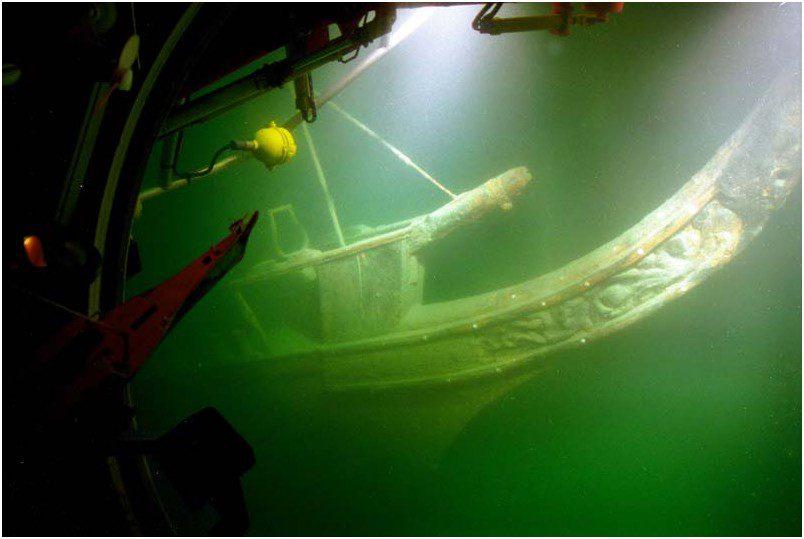 L'épave de l'Hirondelle vue depuis le sous-marin F.A Forel Photo Daniel Mazza