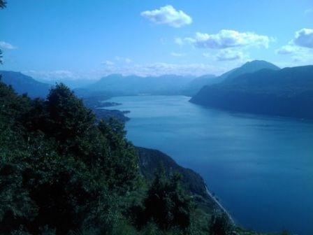 Lac du Bourget le plus grand lac naturel de France