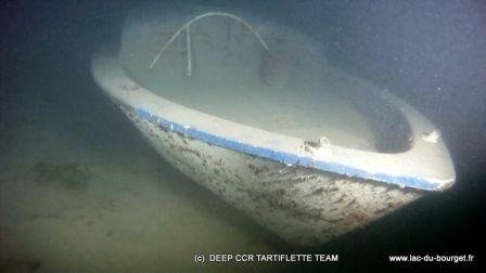 Plongée sur l'épave de l'Arcoa au Lac du Bourget