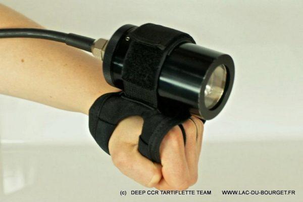Poignée Goodman souple pour lampe et phare de plongée Deep CCR Tartiflette Team