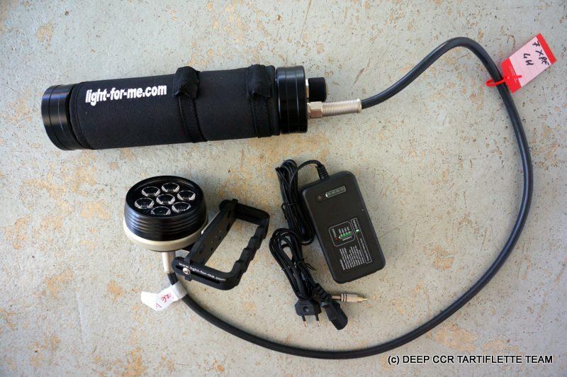 Phare de Plongée Light For Me 7XRE 4H 2200 lumen Neuf