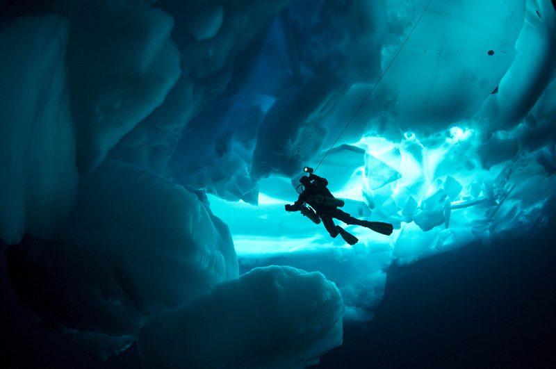 Plongée sous glace under the Pole
